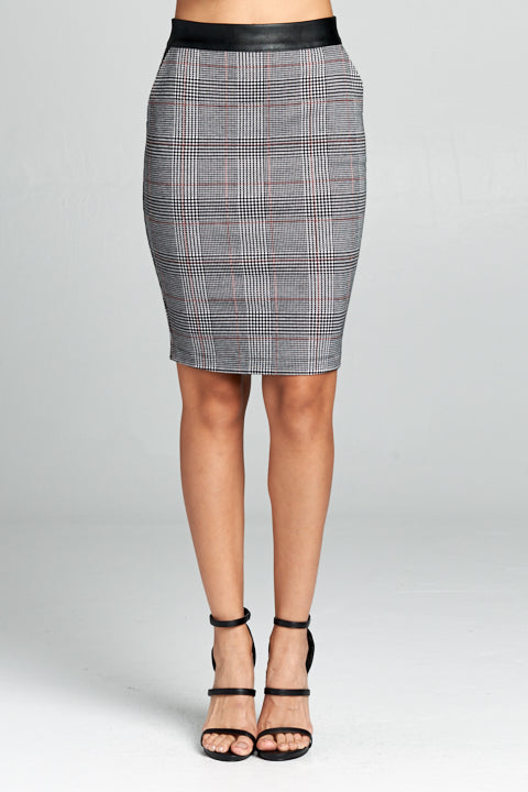 Plaid Knit Skirt w/ Pu Trim