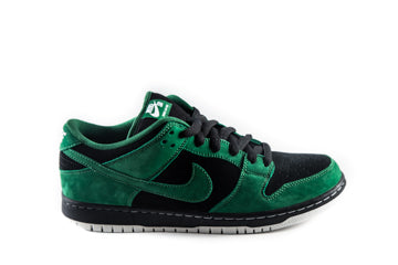 SB Dunk Low Premium Hulks