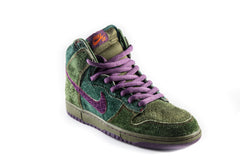 SB Dunk High Premium Skunk