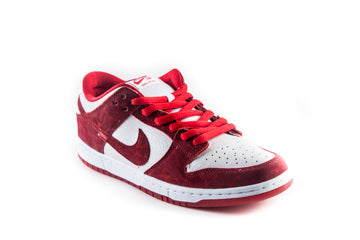 SB Dunk Low Premium Valentine's Day