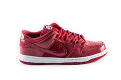 SB Dunk Low ProRuby Slippers – Patent Leather