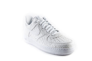 Air Force 1 Low 07 LV8