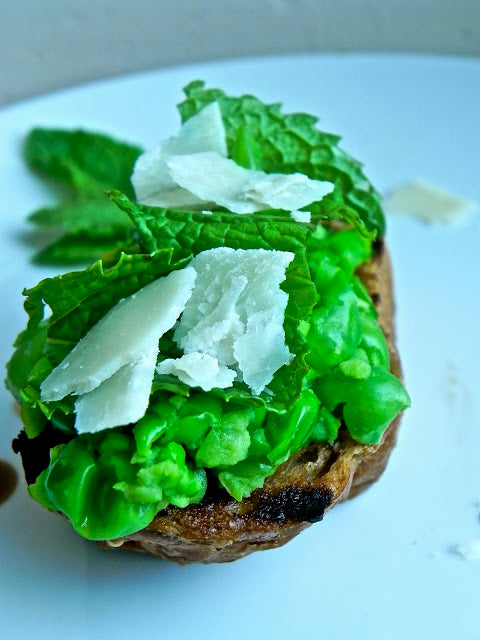 Peas, Mint, and Parmesan Crostini