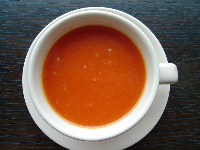 Cream of Roasted Pepper and Tomato Soup