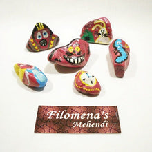 Alice in wonderland, alice stone, Wonderland stones, Fairytail, Bunny stones, Queen of hearts, Cheshire, Painted rocks, Hand Painted Stone