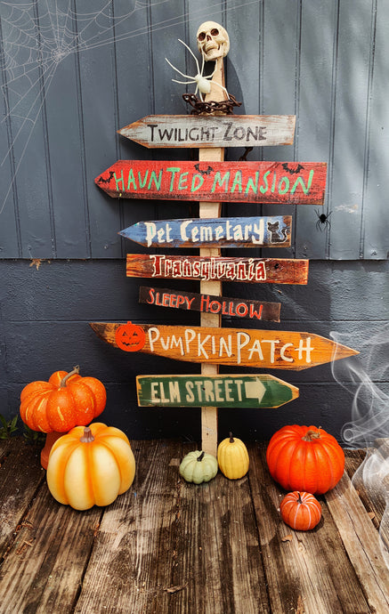 Spooky Halloween Signs! Set of 5+2 FREE Directional Tiki Signs . Custom Made to order. Happy Halloween . Pumpkin Farmhouse Wood Signs