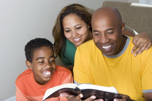 3 Ideas to Get Your Kids Interested in Reading the Bible