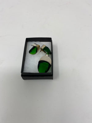 Green pendant and earrings set