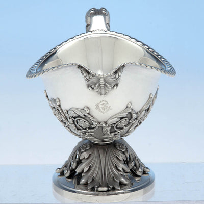 Front of Tiffany & Co Pair of 'George III' Sterling Silver Sauce Boats designed by Paulding Farnham and executed for the 1900 Paris Exposition Universelle