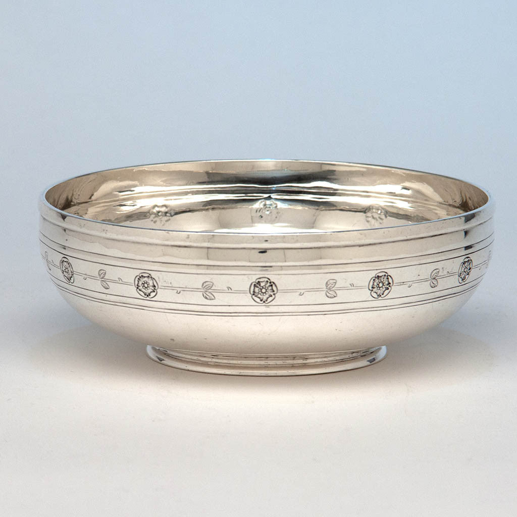 Arthur Stone Arts & Crafts Sterling Silver Rose Decorated Bowl, Gardner, Massachusetts, 1909-19