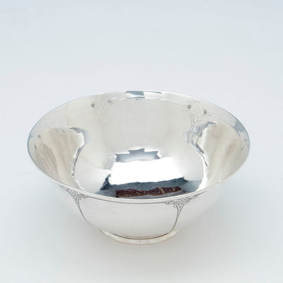 Interior of Arthur Stone Arts & Crafts Sterling Silver Decorated Bowl, Gardner, Massachusetts, 1909-19