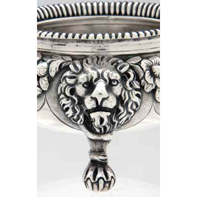 Lion foot of Robert & Samuel Hennell Pair of Antique English Sterling Silver Master Salts, London - 1809/10