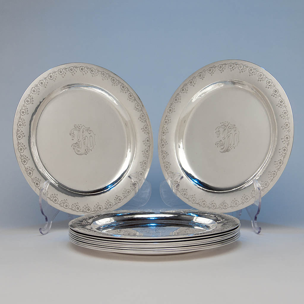 The Kalo Shop Arts & Crafts Sterling Chased Presentation Service Plates, Chicago, IL, 1915 set of 12