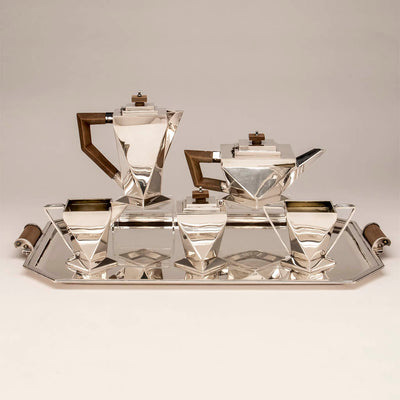 Charles Boyton and Son English Art Deco Sterling Silver Coffee Service on Tray, London, 1932/33, the tray 1933/34