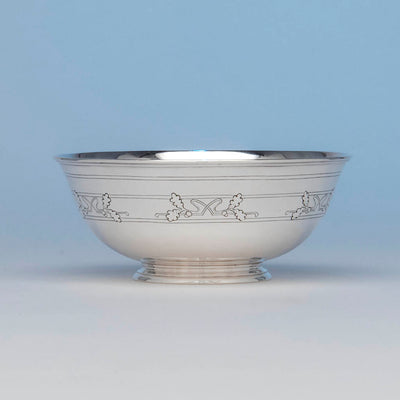 Arthur Stone Arts & Crafts Sterling Silver Acorn Decorated Bowl, Gardner, Massachusetts, 1920-36