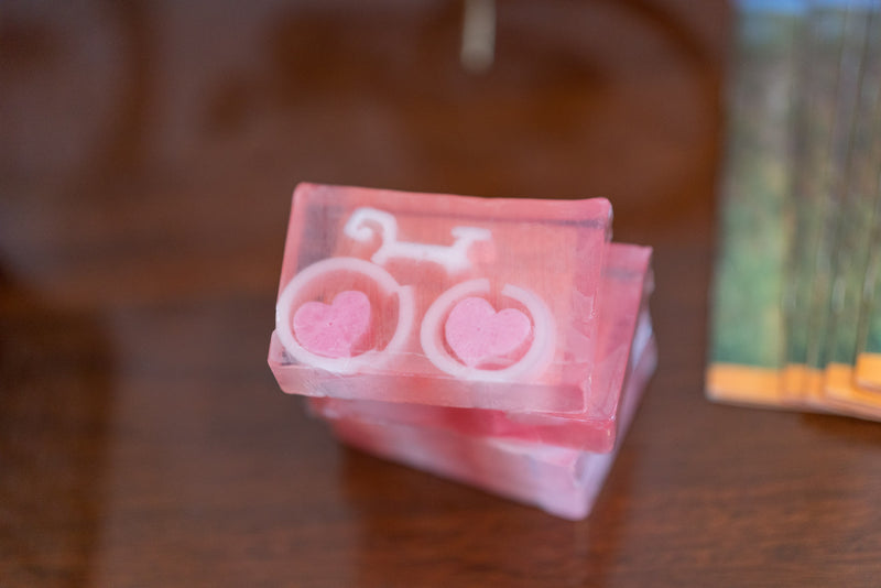 GRAPEFRUIT BIKE LOVE SOAP SLICE 5.5 oz.