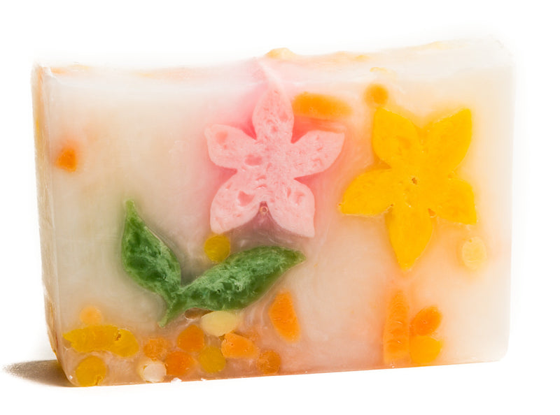 WHITE TEA & GINGER SOAP SLICE 5.5 oz.