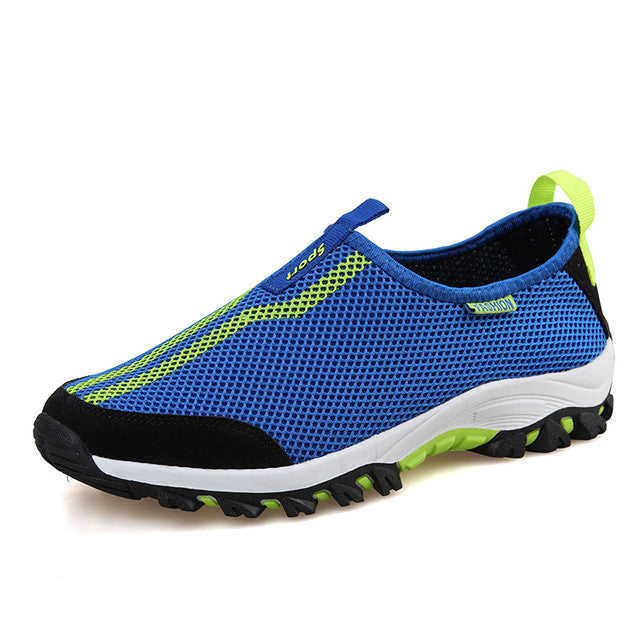 2017 New Trending Athletic Men s Water Shoes   Breathable Beach Running  Sneakers 4d981bb92