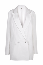 Load image into Gallery viewer, Nomade Suit Jacket in White