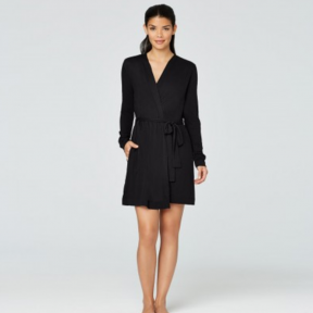 Amy from Yummie adores the Lightweight Short Robe.