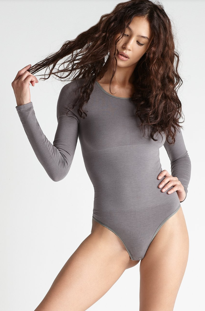 Yummie Longsleeve Shaping Thong Back Bodysuit