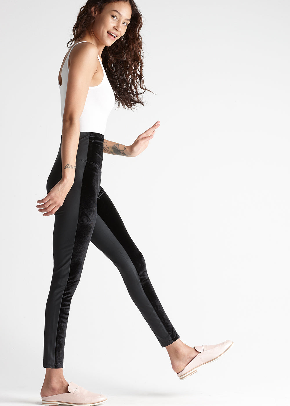 Yummie Velvet And Shine Front Panel Shaping Legging