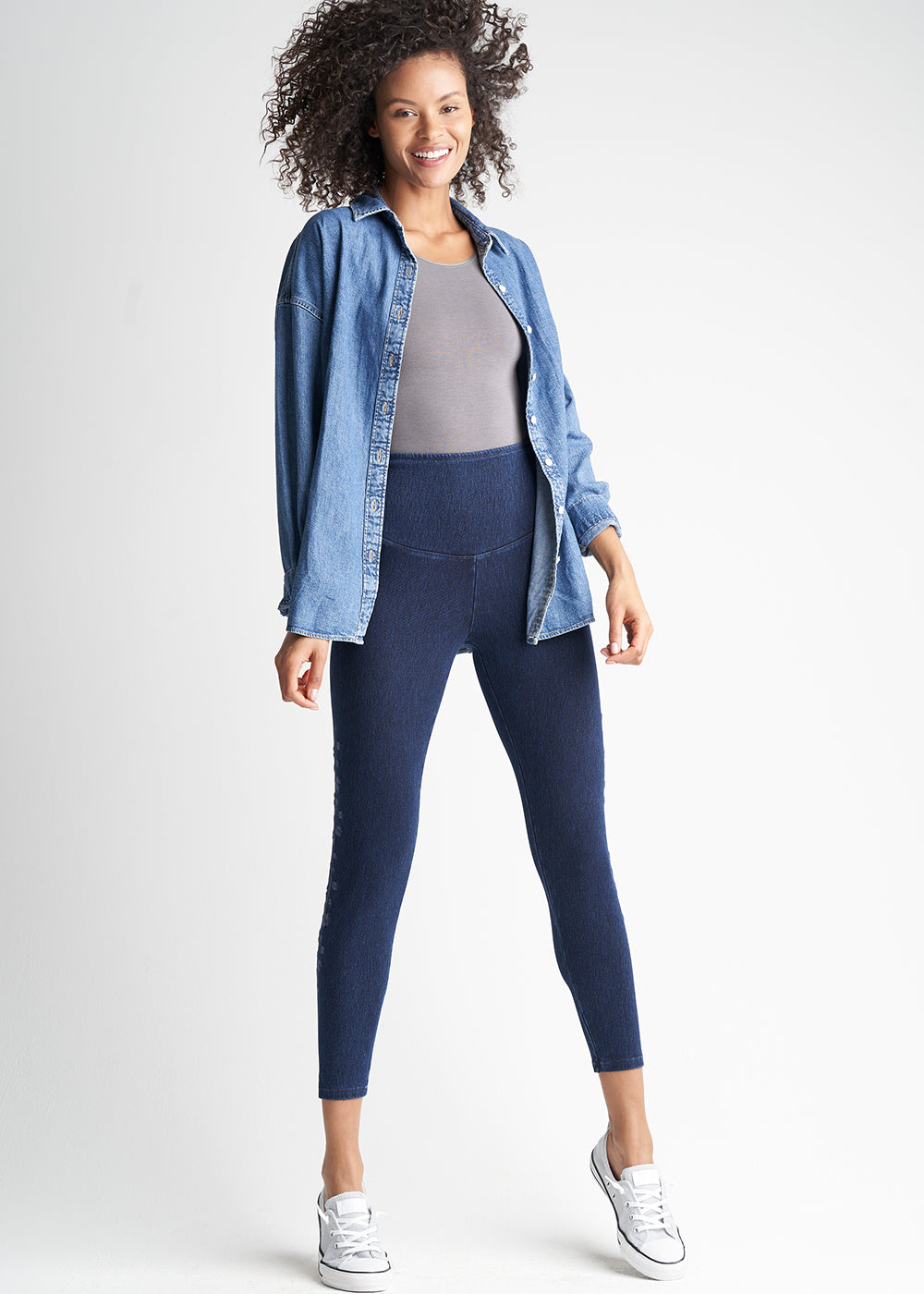 Denim Skimmer Shaping Legging with Floral Embroidery