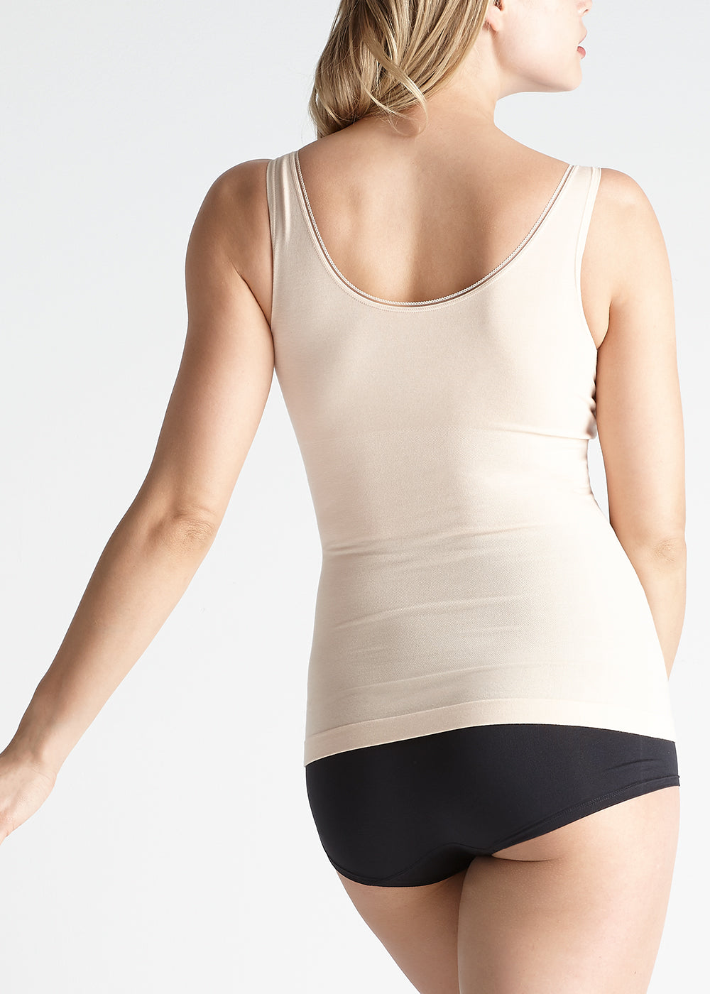 """298e069aa1 Model is 5  10"""" and wearing a size M L."""