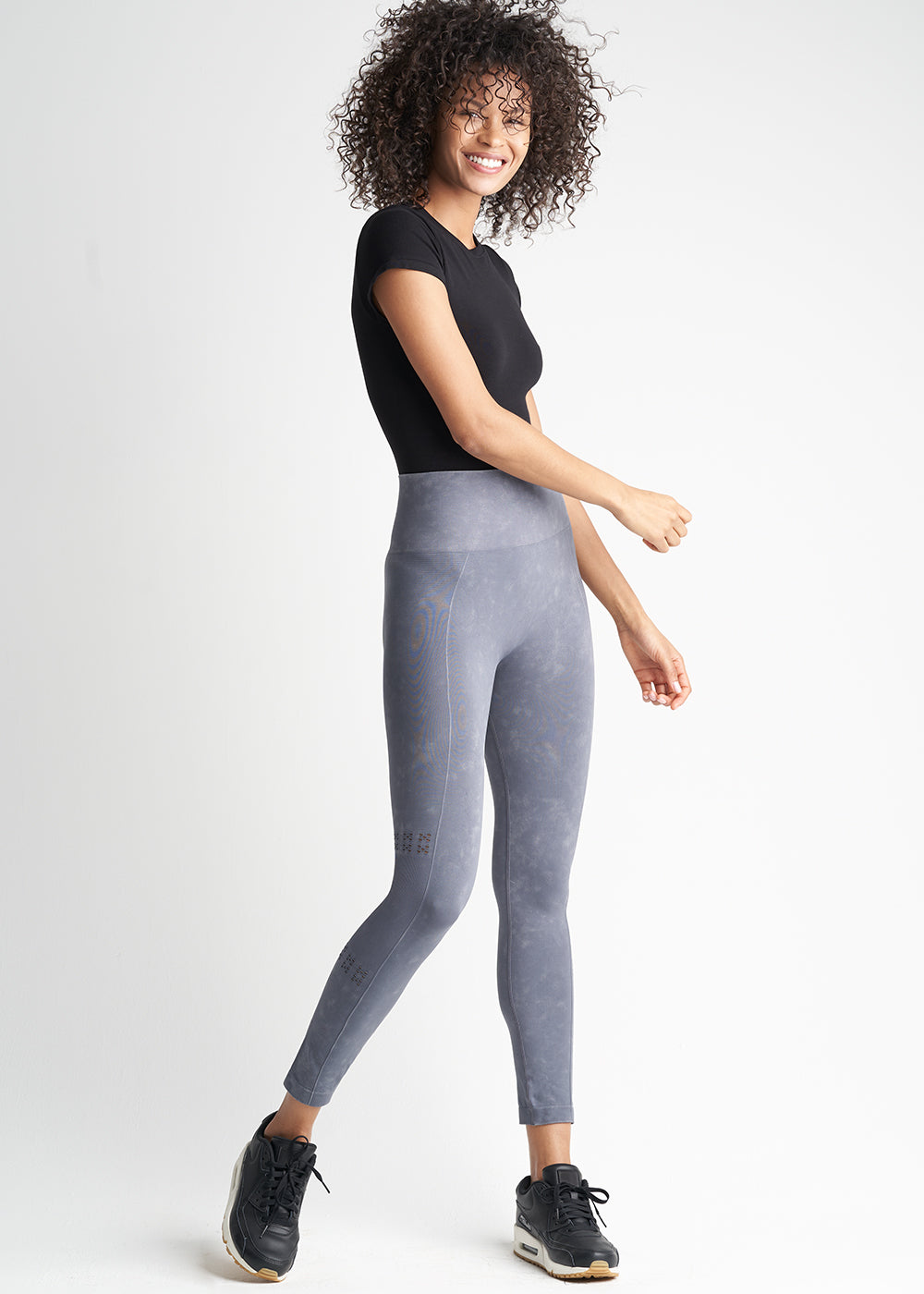 Yummie Seamless Skimmer Acid Washed Shaping Legging