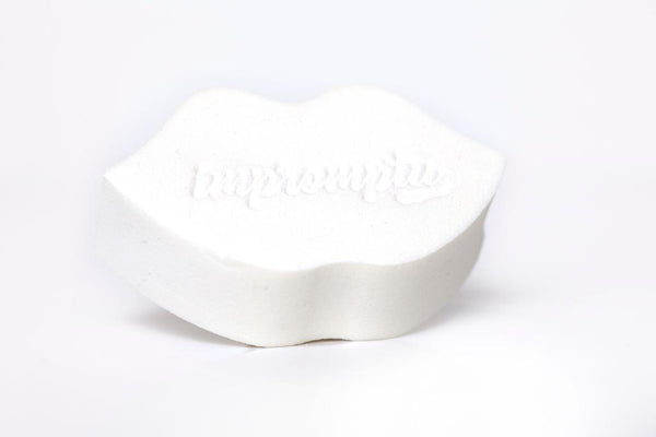 White Lip Shape Beauty Sponge
