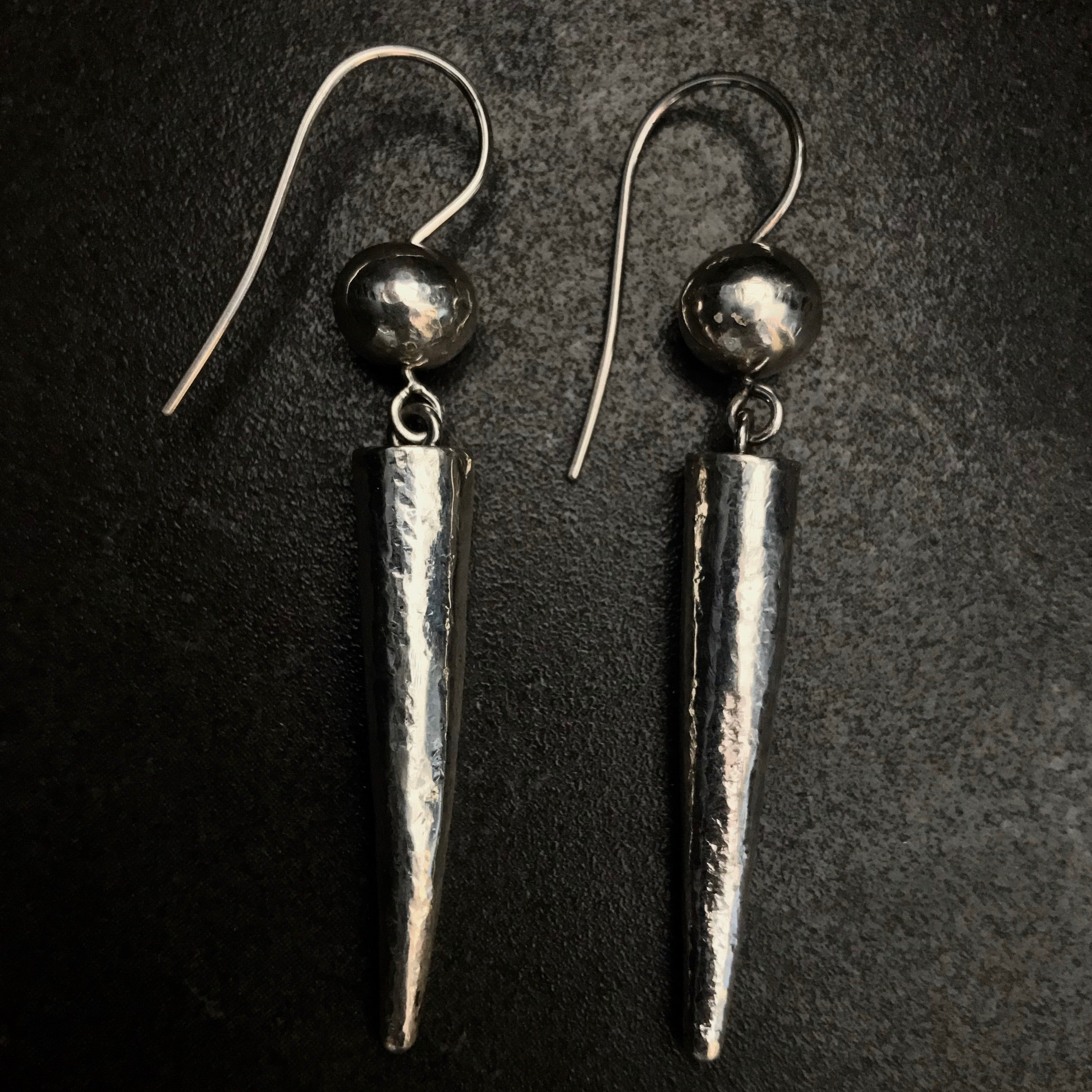 JELANI0102 tusk & sphere Earrings