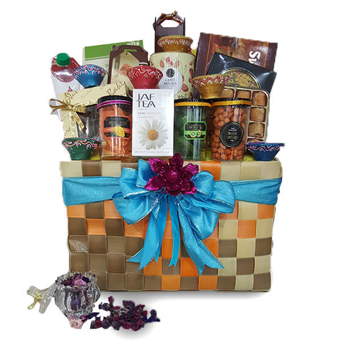 [1 Day Pre-Order] NILAIPERU DIWALI BASKET HAMPER - DEEPAVALI INDIAN GIFT