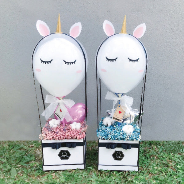 [1 Day Pre-Order] UNICORN IN THE AIR: Balloon & Flower Box