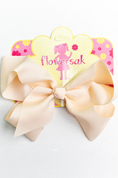 light nude bow