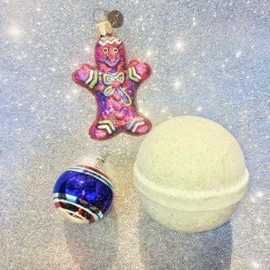 Christmas Spice Holiday Bath Bomb