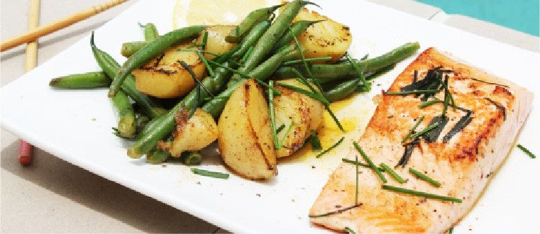 Healthy_Meal_Swap_-_Salmon_with_Kipfler_Potato_&_Green_Beans_&_Chive_&_Lemon_Dressing