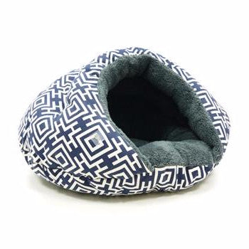 Ultra Plush Blue Geometric Print Well-Insulated Comfy Cat Bed