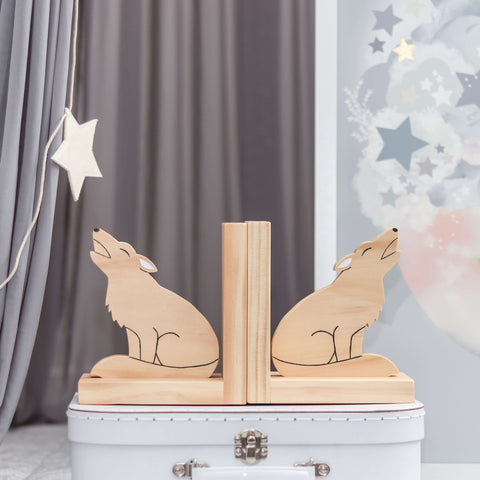 Scandi wolf bookends