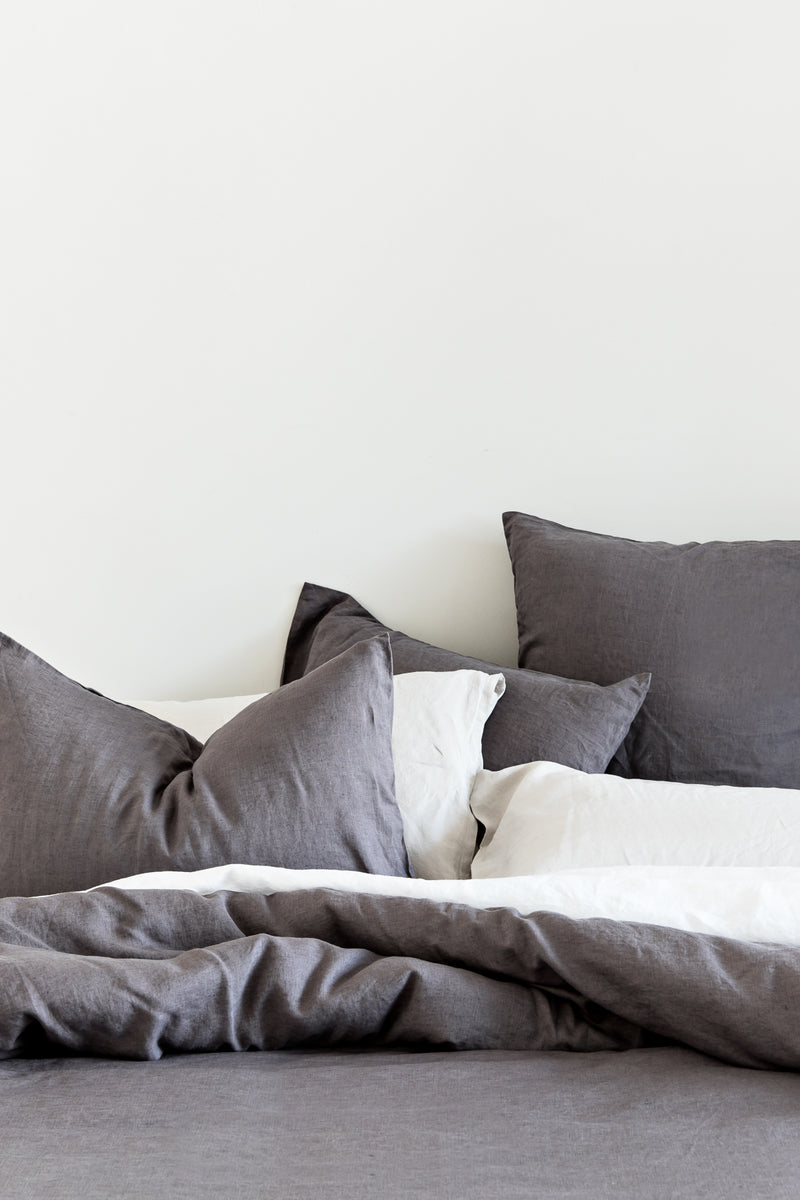French Linen Euro Pillowcase Set - Charcoal