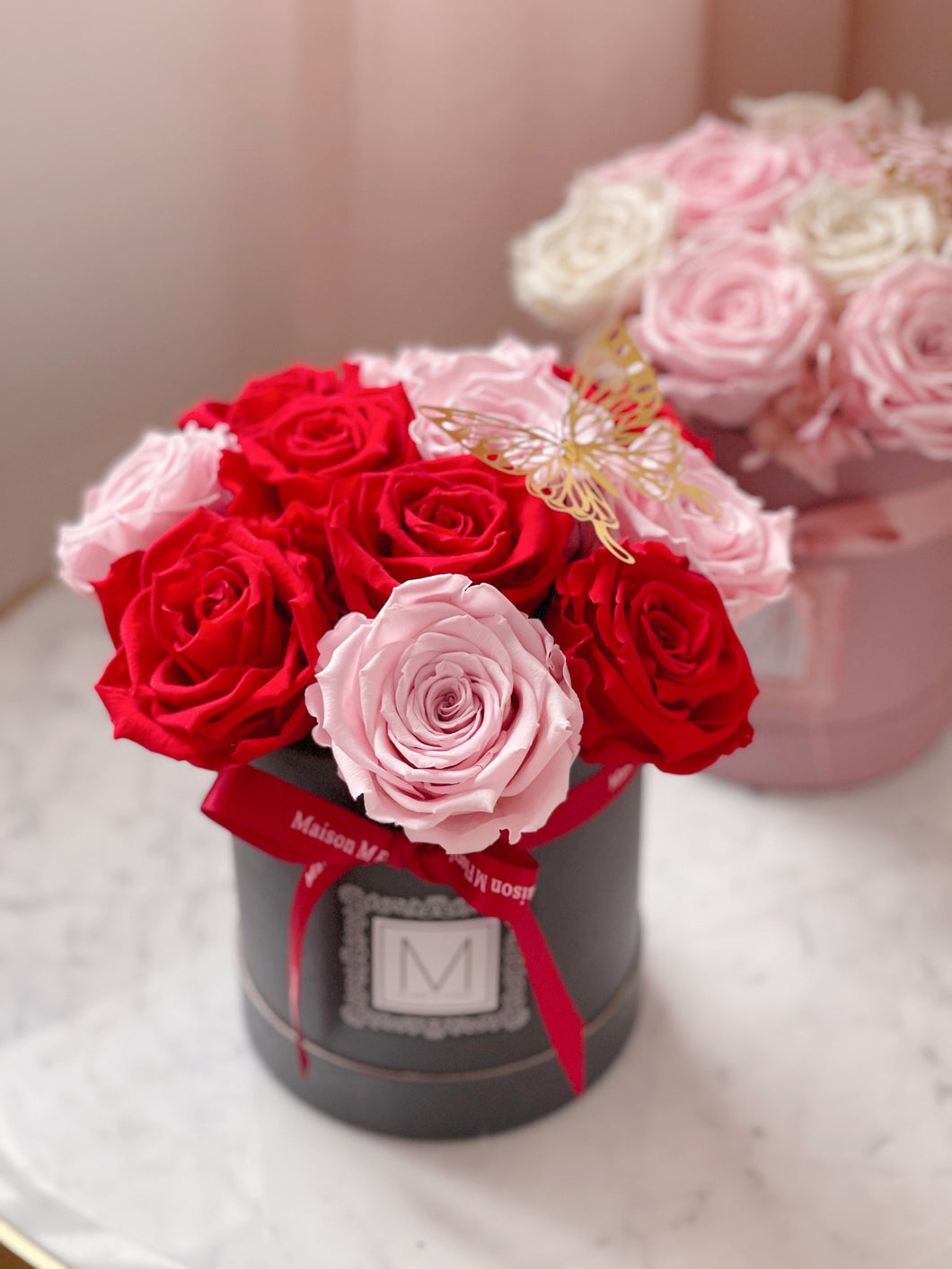 Forever rose bloom box- red x pink