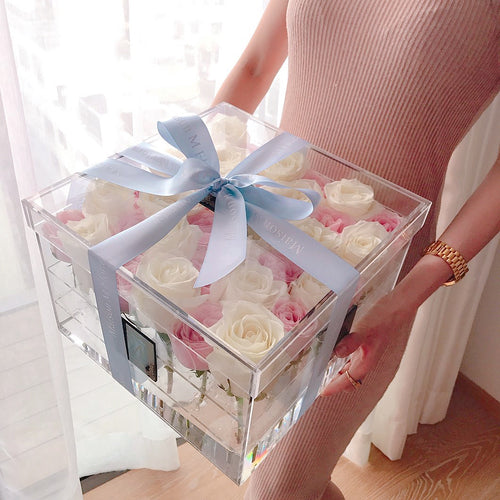 Fresh roses Crystal box
