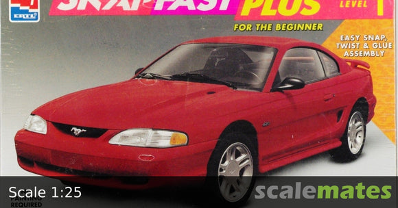AMT 1/25 1996 Ford Mustang GT Snap Fast Plus Plastic Model Kit