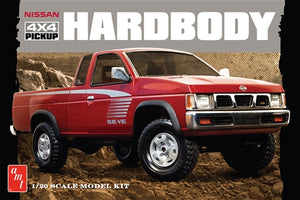 AMT1031 1993 Nissan Hardbody 4x4 Pick-Up 1:20 Scale Model Kit