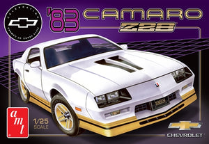 AMT1051 1983 Chevy Camaro Z-28 Plastic Model Kit