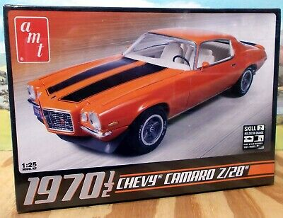 AMT635 1970.5 Camaro Z28 1:25 Scale Plastic Model Kit
