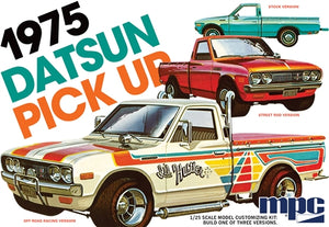 MPC872 1975 Datsun Pickup 1:25 Scale Model Kit