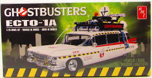 AMT750M 1/25 Ghostbuster Ecto-1A Plastic (snap) Kit Movie
