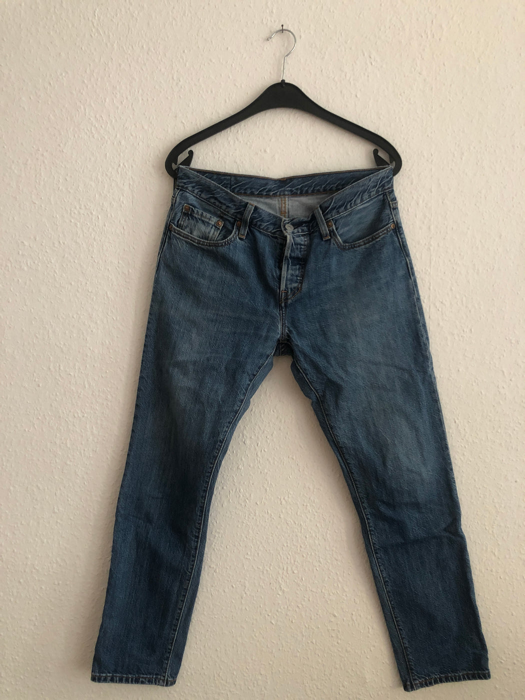 Dark Blue Denim Levi's Jeans  Size 26/27