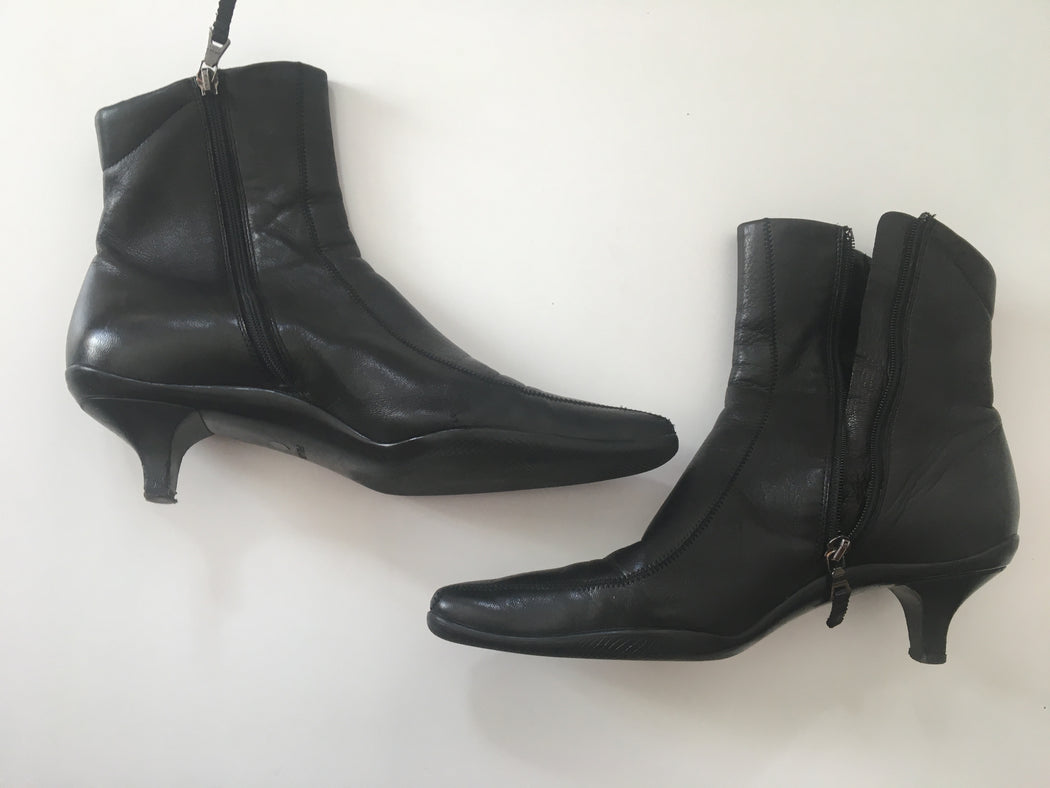 Black Leather Prada Ankle Boot Heels Kitten Heel Size 37