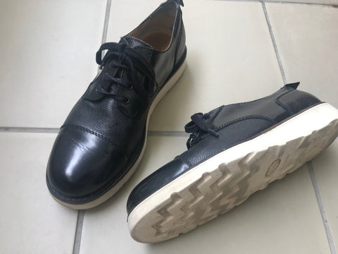 Black-White Leather Carven Oxfords Minimalist Detail Size 42